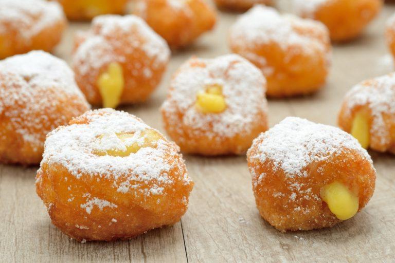 Ricetta delle frittelle di Carnevale al forno, ripiene o senza glutine