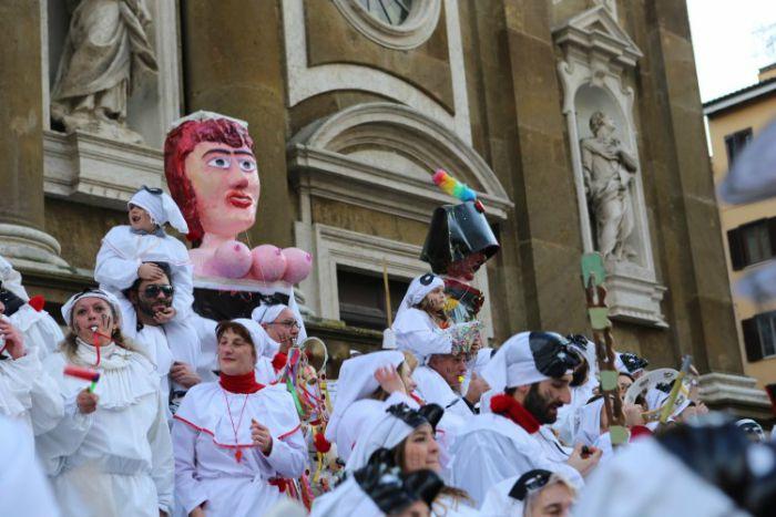 Carnevale di Frascati 2021: programma della sfilata dei carri allegorici