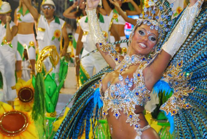 Carnevale estivo di Alba Adriatica 2021: date e programma