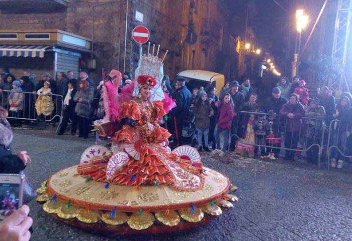 Carnevale di Misterbianco 2021: i costumi più belli di Sicilia!