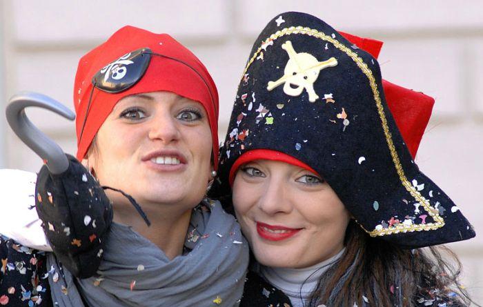 Carnevale di Spoleto 2021: date delle sfilate dei carri allegorici