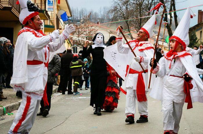storia carnevale montemarano 2018